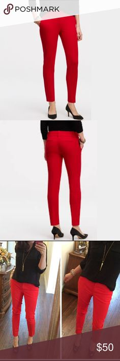 SALE!Red Ann Taylor Crop Pants - 00p Red Ann Taylor Crop Pants - 00p. Slim fit, straight leg.  Like new!  Only worn a couple of times. Ann Taylor Pants Ankle & Cropped