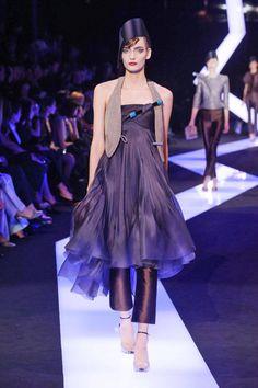 Giorgio+Armani+Privé+Spring+2013+Haute+Couture+Collection  - ELLE.com