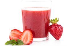 Les ingrédients pour 1 verre 3 tomates¼ de poivron rouge100 g de fraises½ concombre Le bonus détox/minceur Ce joli jus rose fait la part belle aux fruits et légumes gorgés d'eau et