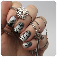 Dracula Nail Design | Halloween Nail Art
