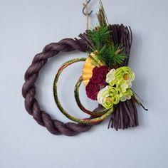 【早割送料600円】 つまみ細工plus しめ飾り1点もの「渋紫」 Grapevine Wreath, Grape Vines, Wreaths, Spring, Home Decor, Decoration Home, Door Wreaths, Room Decor, Vineyard Vines