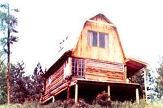Learn the design and construction of a gambrel roof for a house.