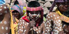 Promocionan tradiciones rarámuris de semana santa | El Puntero