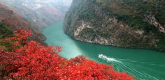 See Classic China in style, including a cruise down the Yangtze to the Three Gorges Dam.