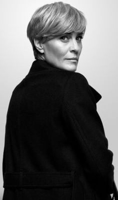 """Claire Hale Underwood (born April 8, 1966) is the 48th First Lady of the United States, former US Ambassador to the United Nations and wife of President Francis """"Frank"""" Underwood. Until the movement into the White House, she was also the CEO of Clean Water Initiative."""
