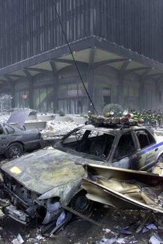 New York City Police Car Burned in The Area of The World Trade Center. ~ Never Forget! 11 September 2001, Remembering September 11th, Remembering 911, We Will Never Forget, Lest We Forget, Us History, American History, World Trade Center Attack, Day Of Infamy