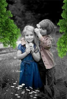 Girls do right to get guys like these young gentlemen. Cute Baby Couple, Baby Love, Cute Couples, Cute Babies, Cute Kids Photography, Splash Photography, Color Photography, Precious Children, Beautiful Children