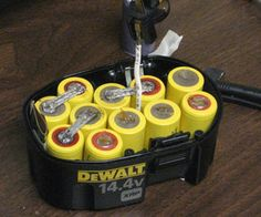 How to Rebuild a Dewalt Battery Pack : 9 Steps (with Pictures) - Instructables Cordless Drill Batteries, Ryobi Battery, Cordless Tools, Lead Acid Battery, Electronics Projects, Electrical Projects, Electrical Wiring, Electrical Engineering, Packing