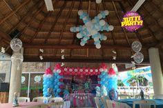 Frozen Party ideas! Frozen balloons decorations! Decoración Frozen con globos, #tuttiparty los mejores globos en Riviera Maya