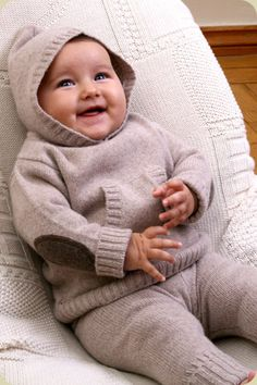 Les Tricots de Margot. Cashmere baby hooded jumper, beige  Ridic