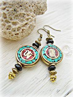 Tibetan Earrings Nepal Earrings Yoga Earrings por HandcraftedYoga