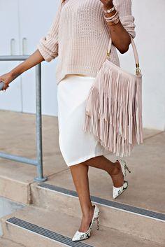 Girly Girl!  Fringe handbag, Steve Madden Proto Snakeskin pump, H&M White midi skirt, white pencil skirt, fringe trend, ALDO accessories, arm party, arm stack, dallas fashion blogger