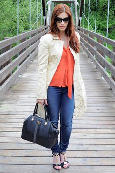 #fashion #fashionista Laura Outfit: Golden Trench