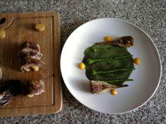 Vitello farcito  rustico con carciofi e il suo brodo legato al burro come salsa  patate arrostite radicchio e cipolla Gino D'Aquino