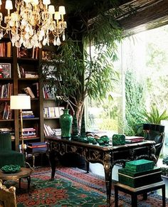 Modern Home Office Ideas with Indoor Plants