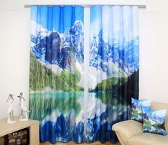 Dekoracyjne zasłony w kolorze niebieskim z górami i jeziorem