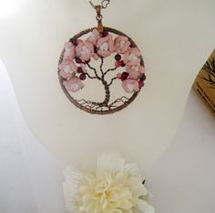 Tree of Life necklace Tree Of Life Art, Tree Of Life Jewelry, Tree Of Life Necklace, Rose Necklace, Tree Of Life Pendant, Jewelry Crafts, Jewelry Ideas, Wire Jewellery, Wire Trees