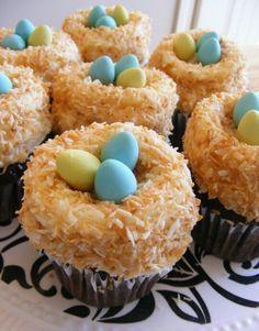 Bird's nest cupcakes !!Nice !!