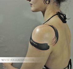 Brushed Lines Circle Shoulder Tattoo