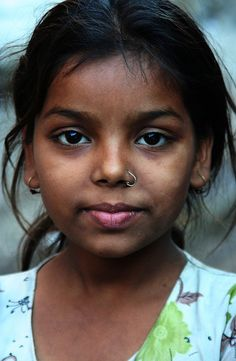Little girl in Mumbai