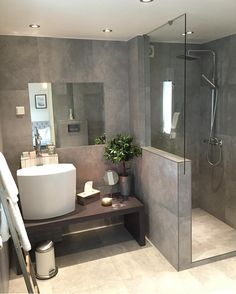 Bathroom goals ❤️ By Bathroom Goals, Bathroom Inspo, Bathroom Interior, Bathroom Ideas, Stone Bathroom, Modern Bathroom, Small Bathroom, Comfort Room, Bathroom Toilets