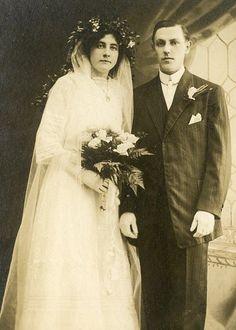 Cabinet Card Vintage Photo Victorian Wedding Couple