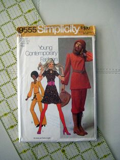 Simplicity 9555 sewing pattern, vintage pattern,pants and knickers ,tunic and mini skirt,vintage sewing at Designs By Willowcreek on Etsy Vintage Skirt, Vintage Tops, Simplicity Patterns, Pants Pattern, Vintage Sewing Patterns, Needlework, Mini Skirts, Tunic, Embroidery