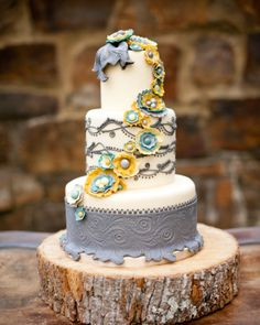 Shabby chic yellow, turquoise and gray cake | Paris Mountain Photography #wedding