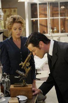[TV series] Helen Joy as Dr Julia Ogden and Yannick Bisson as Detective William Murdoch (The Murdoch Mysteries, 2008-...)