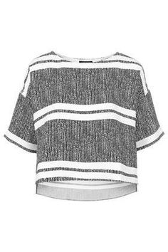 See how others are styling the Topshop Petite Herringbone Striped Print Tee. Check if your friends own the product and find other recommended products to complete the look. Women's Summer Fashion, Autumn Fashion, Petite Outfits, Printed Tees, Stripe Print, Style Guides, Streetwear Brands, Work Wear, Topshop