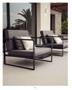 Aspiring to create exclusive outdoor furniture for beautiful moments, we present our Garden Easy series. The range is distinguished by its generous size, slim lines and evident form. A Garden Easy lounge is luxurious, yet laid-back. Modern Garden Furniture, Home Decor Furniture, Modern Furniture Design, Modern Industrial Furniture, Dining Furniture, Furniture Ideas, Outdoor Furniture, Welded Furniture, Iron Furniture
