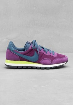 Nike Baskets basses Air Pegasus 83