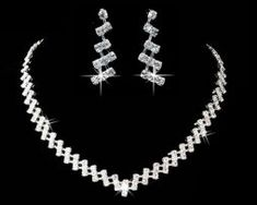 Jewellery Sets from Wow Jewellery Online. Fabulous and wow jewelry sets from the Chrissie C collections. Trendy Fashion Jewelry, Austrian Crystal, Silver Color, Jewelry Sets, Best Gifts, Chokers, Perfume, Bridesmaid, Crystals