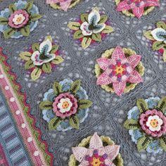 Granny Square Crochet Pattern, Crochet Stitches, Crochet Hooks, Rowan Felted Tweed, Knitting Patterns, Crochet Patterns, Rowan Yarn, Manta Crochet, Yarn Needle