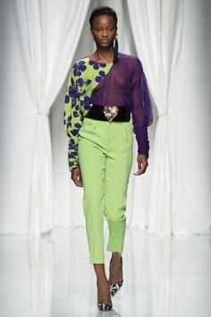 Emanuel Ungaro Spring 2017 Ready-to-Wear Fashion Show - Mayowa Nicholas (Elite)