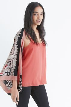 Paisley seems pretty perfect to us, particularly when it's as pretty as our Poppy cape.