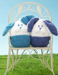 Yarnspirations.com+-+Bernat+Bunny+Buddy+-+Patterns++|+Yarnspirations Crochet Easter, Crochet For Kids, Crochet Bunny, Crochet Animals, Knit Crochet, Crochet Dolls, Crochet Crafts, Diy Crafts, Sock Crafts