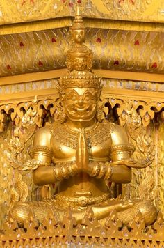Thailand Art, Thai House, Thai Art, Indian Art Paintings, Thai Style, Buddhism, Arts And Crafts, Bronze, Ceiling Lights