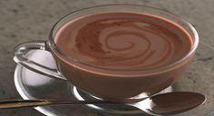 Ecco una ricetta della cioccolata calda in tazza, in versione naturale. In inverno, con il freddo, è piacevole prepararla e gustarla fumante! Ingredienti per una tazza Latte di soia (quello naturale, non dolcificato) g. 200 Cacao amaro in polvere g. 10 Fruttosio (un dolcificante a basso indice glicemico) g. 10 Amido di mais (maizena) g. ...