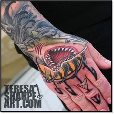 shark-hand-tattoo_Teresa-Sharpe.jpg 378×379 pixels