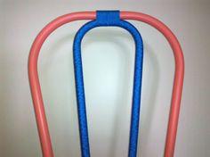 Detalhe - Cadeira tubular reformada com acabamento em corda. TRAPICHE VINTAGE