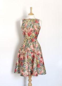 Sanderson floralen Tee Kleid mit einem Rock-line von Dig For Victory auf DaWanda.com