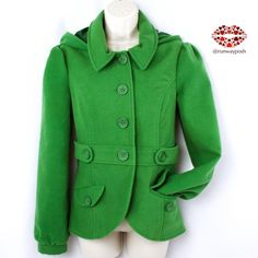"⭐️HP⭐️BRIGHT GREEN HOODED COAT. BB.Dakota Juicy green, waist length Jacket from BB.Dakota. So youthful and happy! Fully lined in excellent condition. Removable hood, 2 front pockets and collar. Length: 23.5"". Armpit to armpit: 20"". Waist: 35"" (all around) Size:M. True to size. BB Dakota Jackets & Coats Utility Jackets"