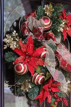 Elegant Christmas wreath, Christmas wreath for front door, Christmas decor, Front Door Christmas wreath, Simply Elegant, Christmas wreath, Christmas door, Christmas front door, Natural Christmas, Fire place wreath, Holiday door wreath, Holiday elegance, Christmas decor, Holiday