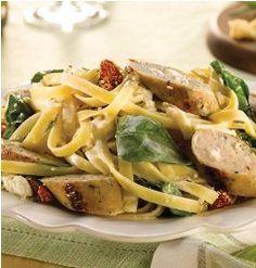 Spinach & Feta Chicken Sausage with Fettuccini | RecipeLion.com