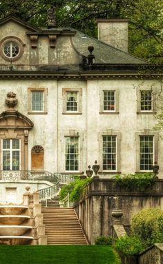 The Preppy Fox — seasonsofwinterberry: Swan House, Atlanta,. Beautiful Architecture, Beautiful Buildings, Beautiful Homes, Beautiful Places, French Cottage, French Country House, Country Living, Swan House Atlanta, Future House