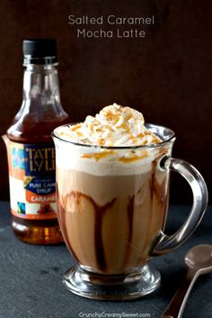 Salted Caramel Mocha Latte - chocolate and caramel in one creamy and delicious hot drink. It will be your favorite this season!
