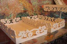 contato= E-MAIL( LIPAINEIS@GMAIL.COM): caixas estrelas e vazadas, bandejas provençal.