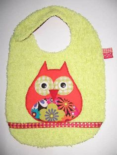 bavoir Sewing For Kids, Baby Sewing, Sewing Projects, Projects To Try, Baby Bibs, Burp Cloths, Baby Animals, Kids Room, Crochet