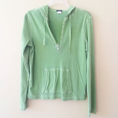 JCREW GREEN PULLOVER Size small 100% cotton has loose seam in the back but does not affect wearability  **bundles save 10%** no holds/no trades/no modeling/no asking for lowest J. Crew Sweaters